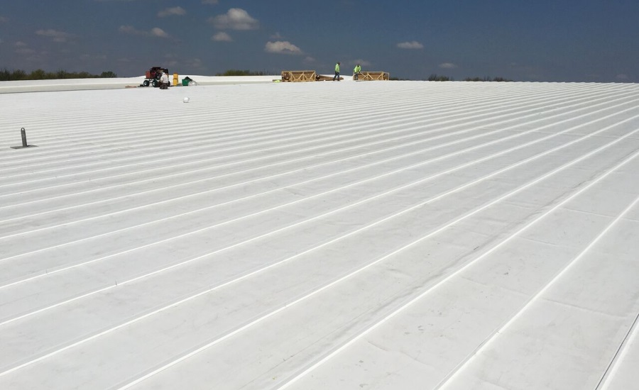 Installation Of Largest Tpo Roofing System In U S 2016 05 11 Building Enclosure